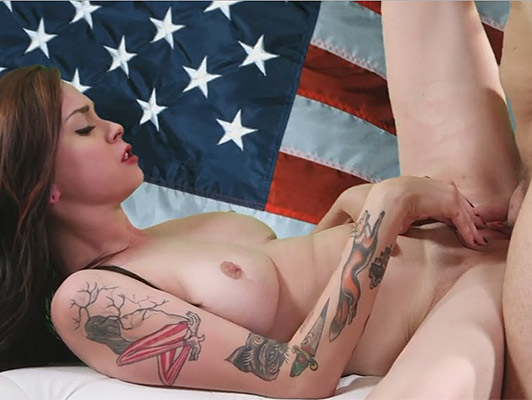 A slim princess tattoos fucked by her sweet pink pussy close in front of a US flag