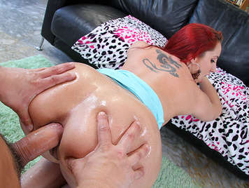 Red-haired girl with a big ass addicted to anal sex, claps with her buttocks full of sperm