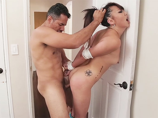 Extreme Rough sex with Asian girl tied up and humiliated that fill the mouth of sperm