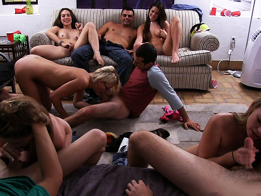 Brutal orgy in the bedroom of the university campus, with students, shameless and horny really looking forward to fuck
