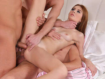 Double anal to a Brunette Teenager Gets Fucked By Three Studs
