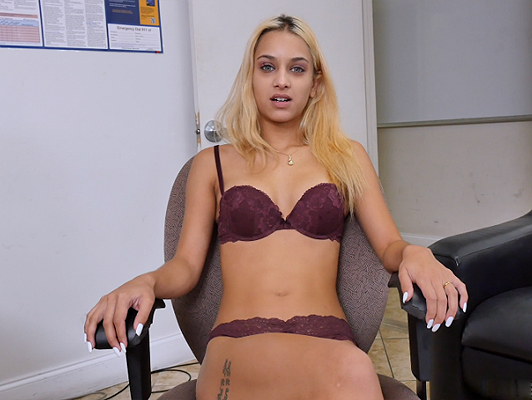 Uma Jolie decides to do a porn casting