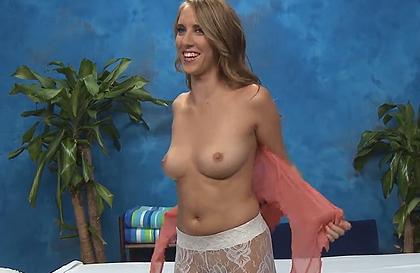 giochetti sessuali video porno massaggio