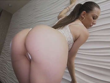 Fucking the latina Alexis Rodriguez who has an amazing ass