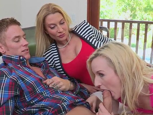 Mother joins when her daughter fucks with her boyfriend