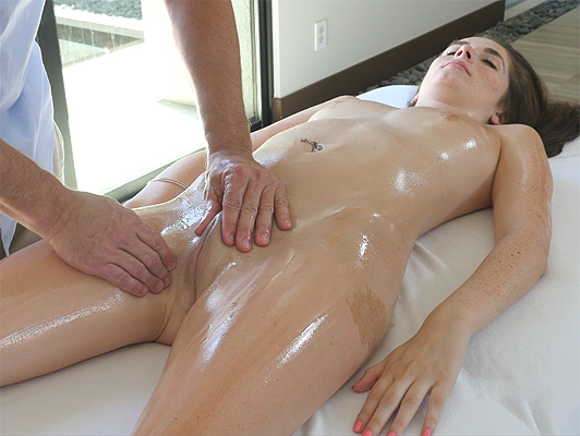 A sensual oiled massage and very good sex