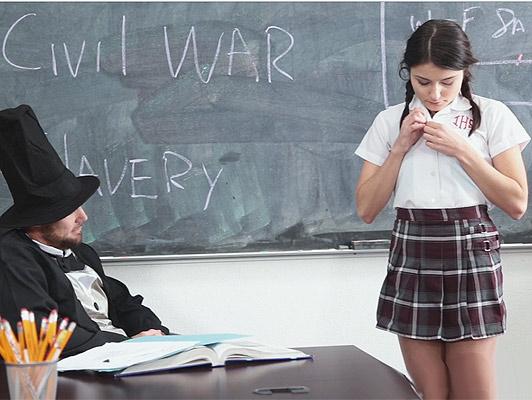scolaretta, fa un pompino al suo insegnante vestito come Abraham Lincoln
