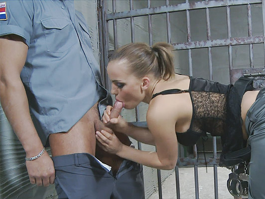 Police of prison Britney Earns a Double Penetration how Reward
