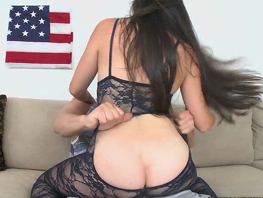 Fucking on the couch with a girl with big ass