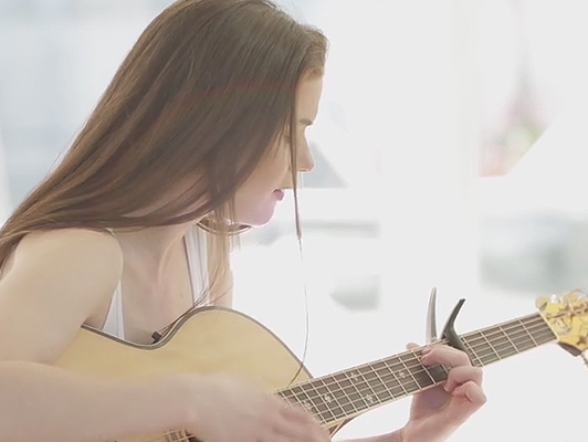 Young singer changed the guitar for a good cock