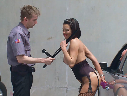 A policeman with a big cock, bugger screws a mature busty exhibitionist in a parking