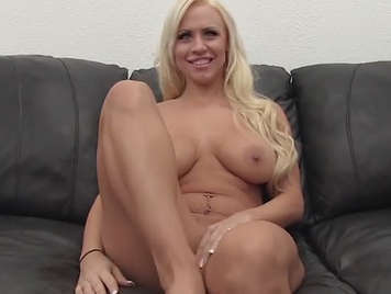 Porn audition to a busty and assed blonde girl