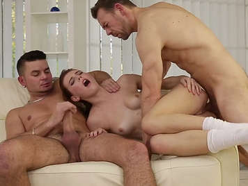 hard double anal penetration to Lucianna Karel