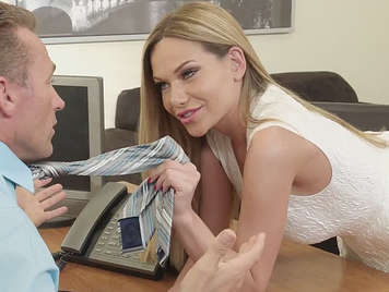Boss is fucking with bitch secretary