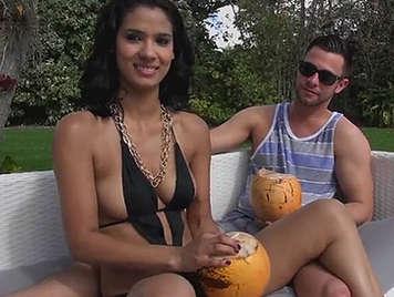 Video porno con una caliente brasileña