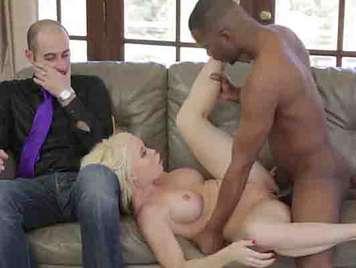 Busty blonde reife Betrug mit schwarz.