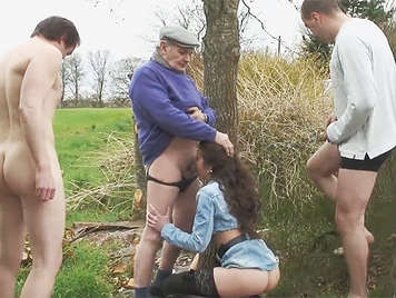 Grandpa voyeur fucks a horny slut in the field
