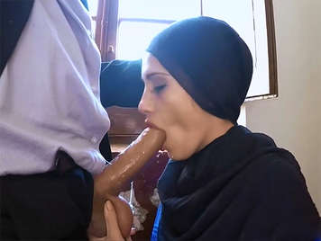 Fucking in Morocco with a young Arab prostitute of 18 yo