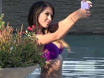 Spying neighboring wing and vicious slut in bikini in the pool