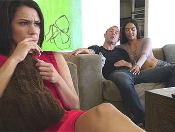 Sexo con una hermanastra latina