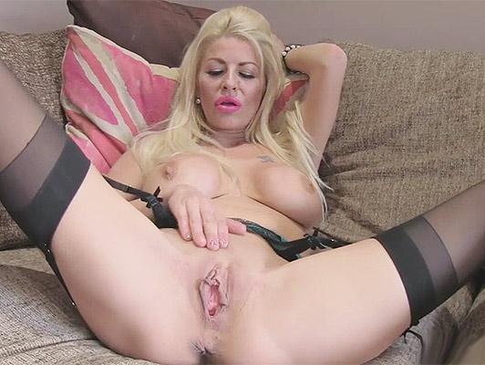 Sexy latex ass