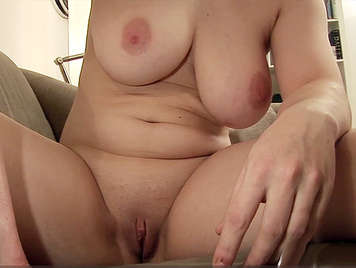 Recording a homemade porn video with his sister-in-law a girl with beautiful tits