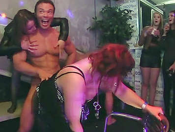 You sex auf party happens