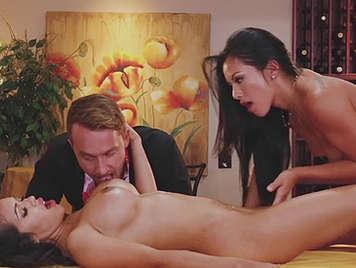 Trio sesso gioco
