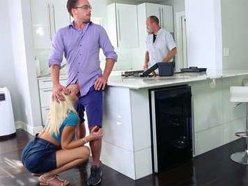 Chica infiel le pone los cuernos a su marido follando con su primo
