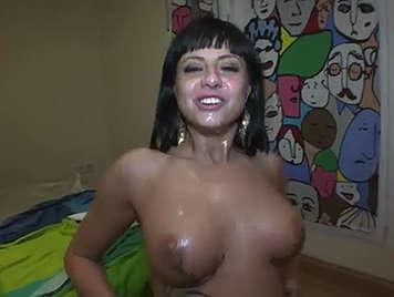 giovane donna nude pics