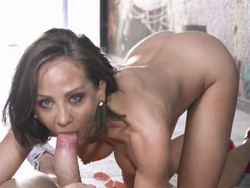 Crazy sex in public with the Spanish tattooed Betty Foxxx