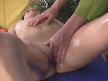 Massaging and fucking a girl with shaved pussy until he cums in her mouth