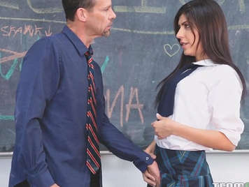 Sexo y pasión con su profesor