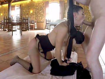 Spanish porn, fucking with the Spanish Julia Roca doing gymnastics exercises