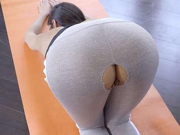 Morena con culazo tiene sexo y folla con su profesor pollon de aerobic