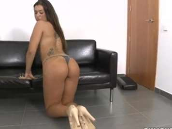 Porno español follando a Klara Gold con zapatos de tacon