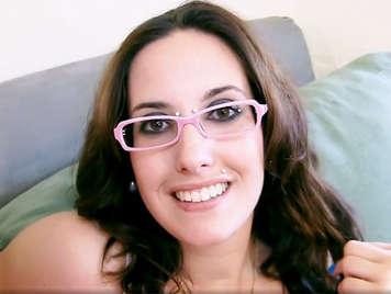 Porno amateur español española cachonda le pone los cuernos a novio