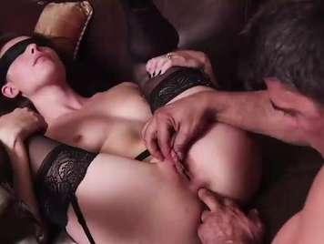 Jugos sensuales con Casey Calvert y una lencerita erotica