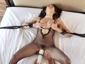 Extremer Sex und schmerzhaft zu einer peludito Muschi