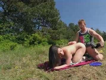Día de picnic y sexo al aire libre