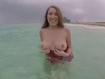 Beach Rettungsschwimmer ist überzeugt, Sex zu haben