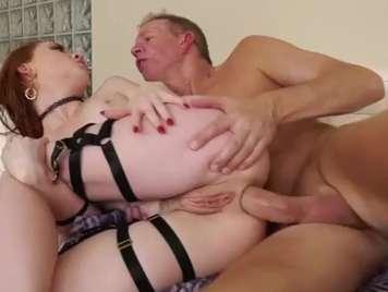 Anale brutale in uno stretto asino sesso hard