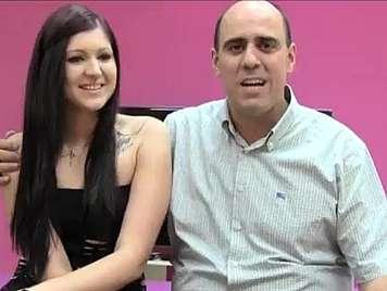 Spanisches Amateur Babe fickt mit einem Taxifahrer