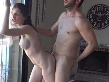 Procace ragazza amatoriale spagnola scopa in video porno