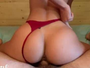 Tanga roja de mi chica follando duro su culazo