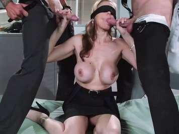 Dp dos trancas para una secretaria viciosa