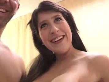 Spanisch Amateur-Mädchen ficken mit großen Titten