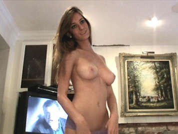 Vídeo de sexo con ex novia de tetas naturales
