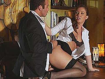 Maddy O'Reilly es la secretaria de tus sueños