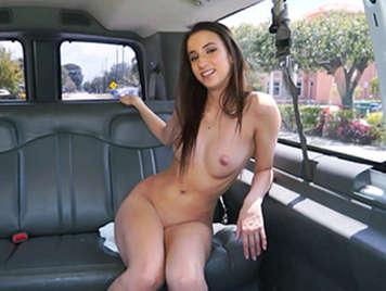 En la furgoneta con Belle Knox